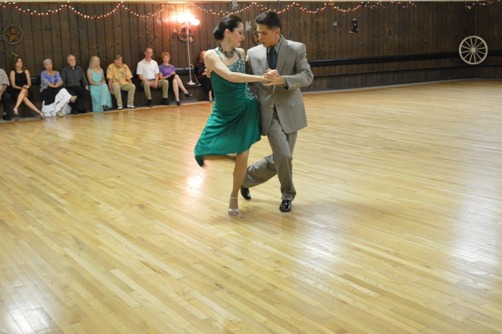 Patricia Duran and Arturo Chavez give an Argentine Tango performance at USA Dance. Photo courtesy USA Dance